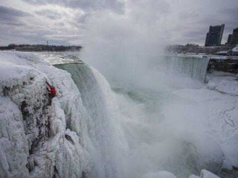 Escalando las cataratas del Niáraga #vídeo