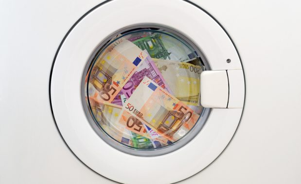 Dinero sucio, dinero limpio #reciclaje